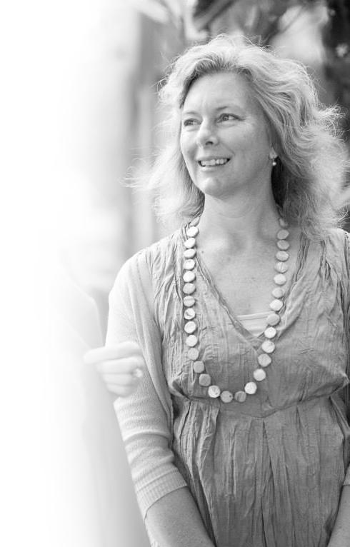 Anne-Marie - Celebrant, Facilitator, Expressive Arts Healing Practitioner